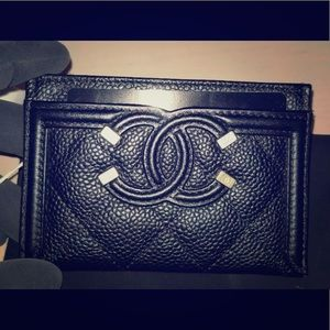 NWTS Chanel Filigree Black Cardhollder